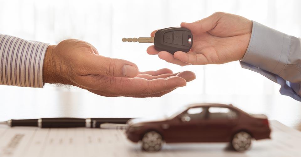車の模型と鍵