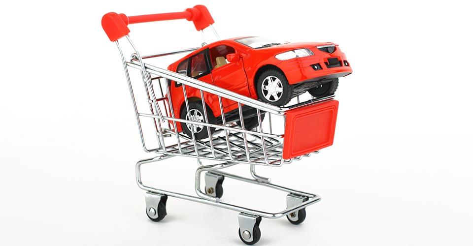 車とショッピングカート